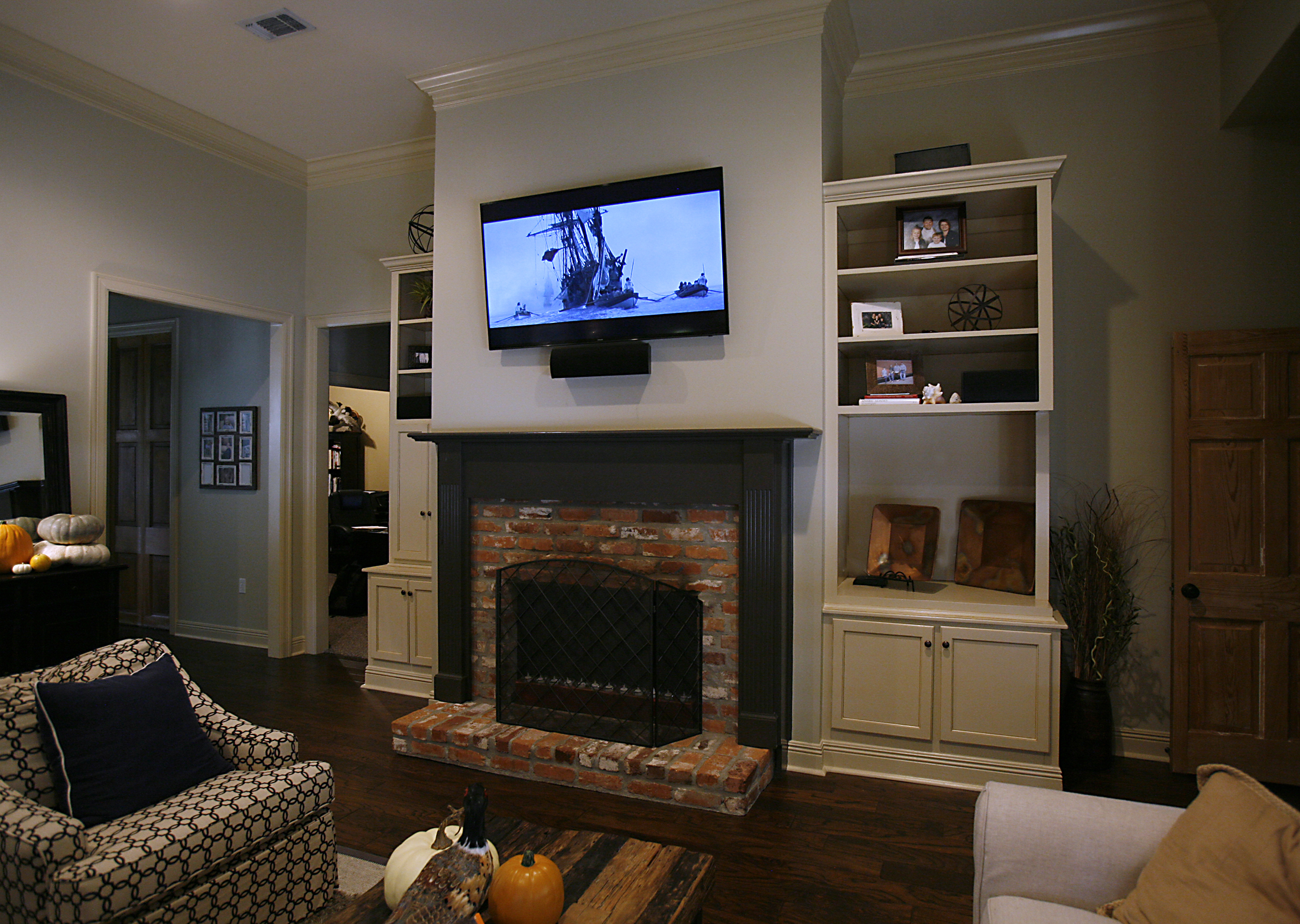 Living room home theater innovative home media - Living room home theater ...
