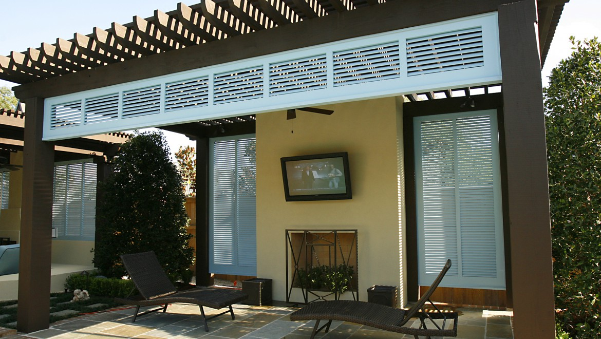 Outdoor Pool TV and Surround Sound